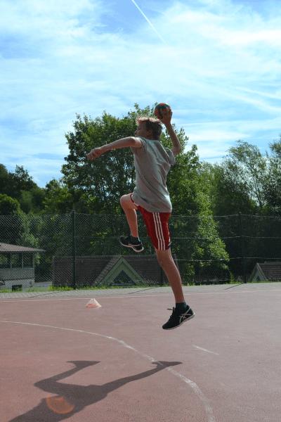 Spitzen Wurftechnik von den Handball Kinder