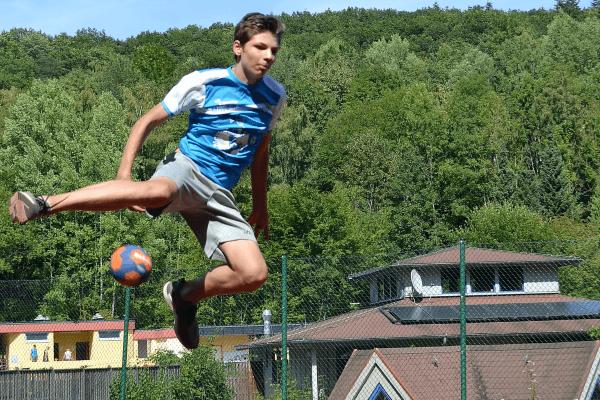 Sprungwurf im Handballcamp