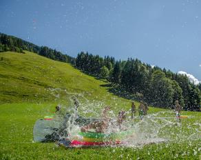 Wasserbad in Kössen