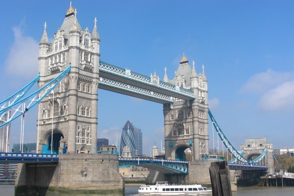 Schülersprachreise London Herbst Tower Bridge
