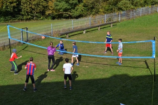 Volleyball Match im Multisport Tagescamp