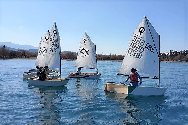 Auf Tuchfühlung mit Wind und Wasser im Segelcamp