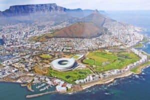 Ein Luftbild der Stadt Kapstadt in Südafrika