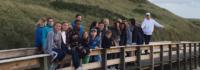 Gruppenfoto vor der Düne