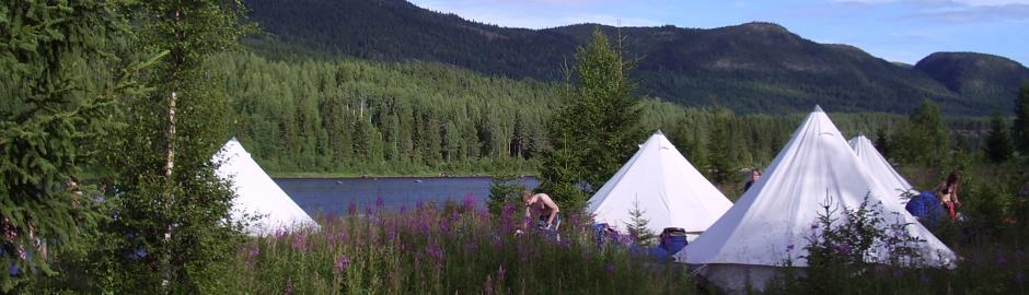 Zelte an der Glomma