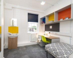 Zimmer in twickenham